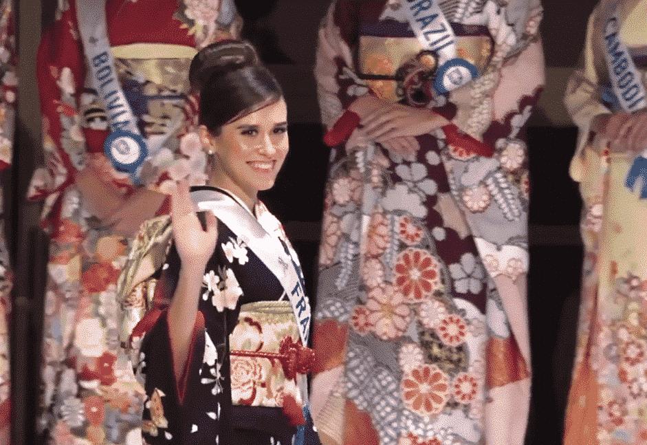 Miss france en kimono