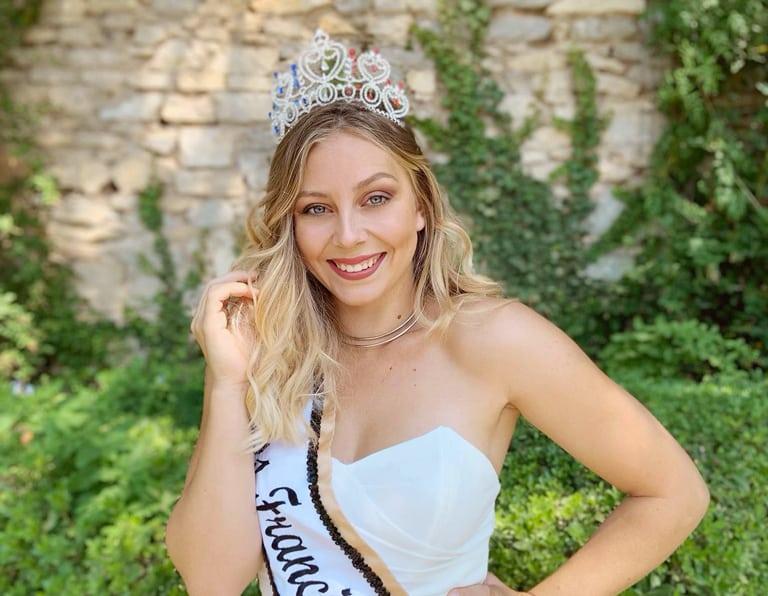 Miss Francia Latina